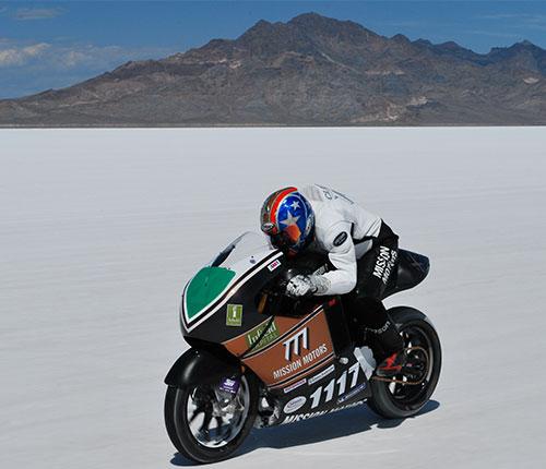 Su aspecto no la diferencia de otras motos, otra cosa es el sonido.