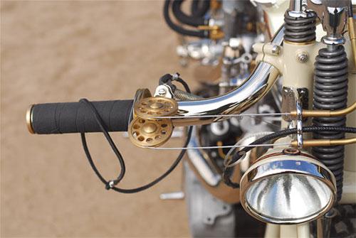 Detalle de poleas del acelerador.