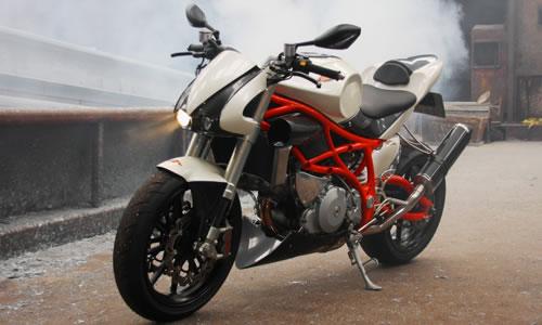 ¿Porqué los japoneses no scan motos así en serie?
