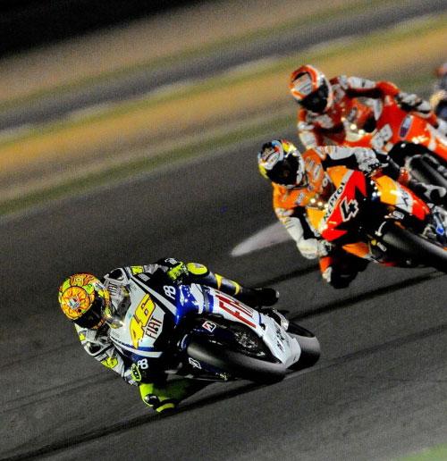 Rossi de camino a su décimo título, no ha empezado mal ...