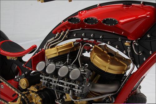 Curiosa batería de carbiradores originarios de una Honda CBR600 ...